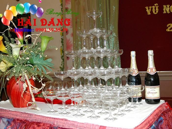 Cho Thuê Tháp Ly Champagne