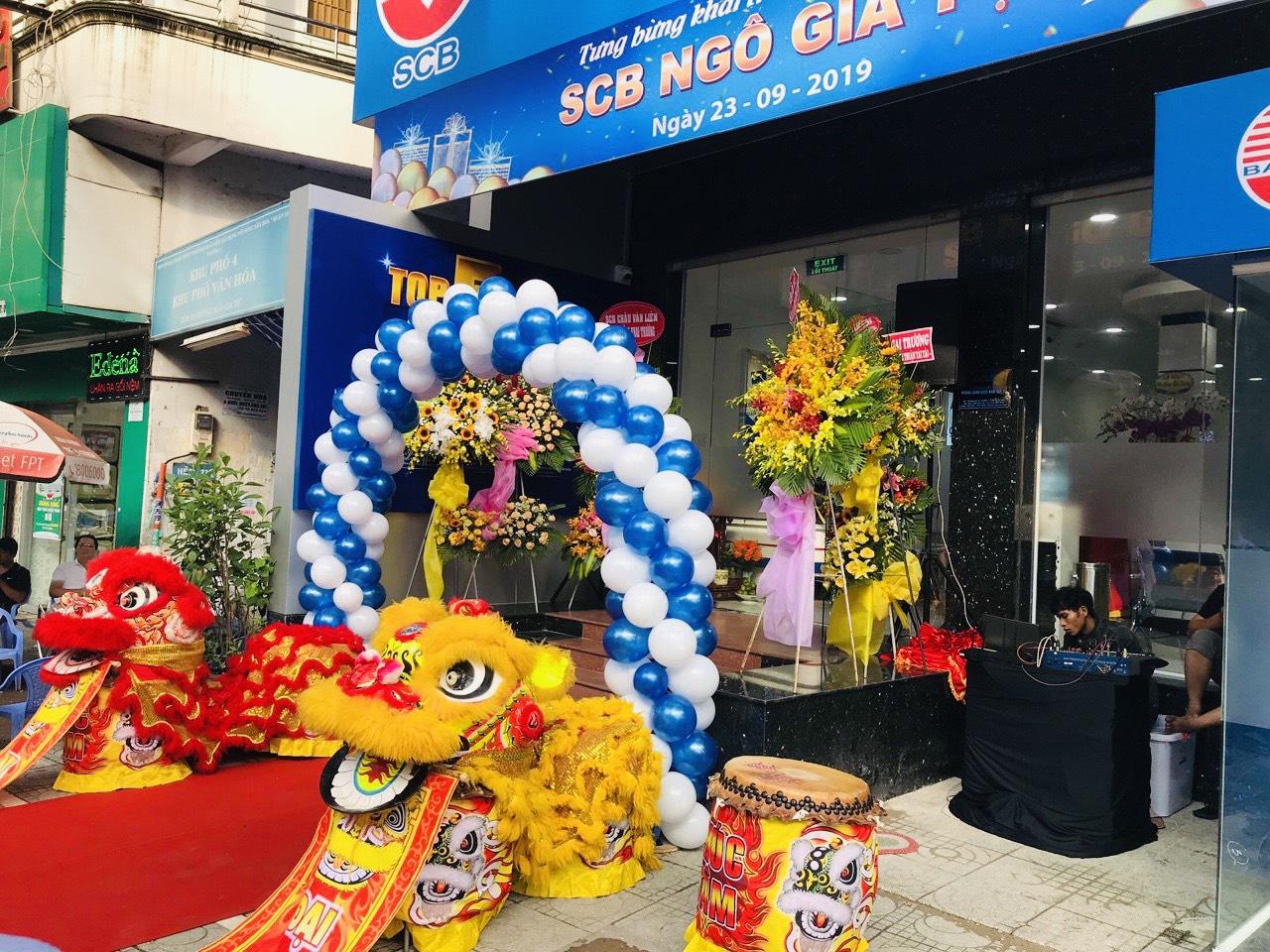 Cổng Bóng Khai Trương
